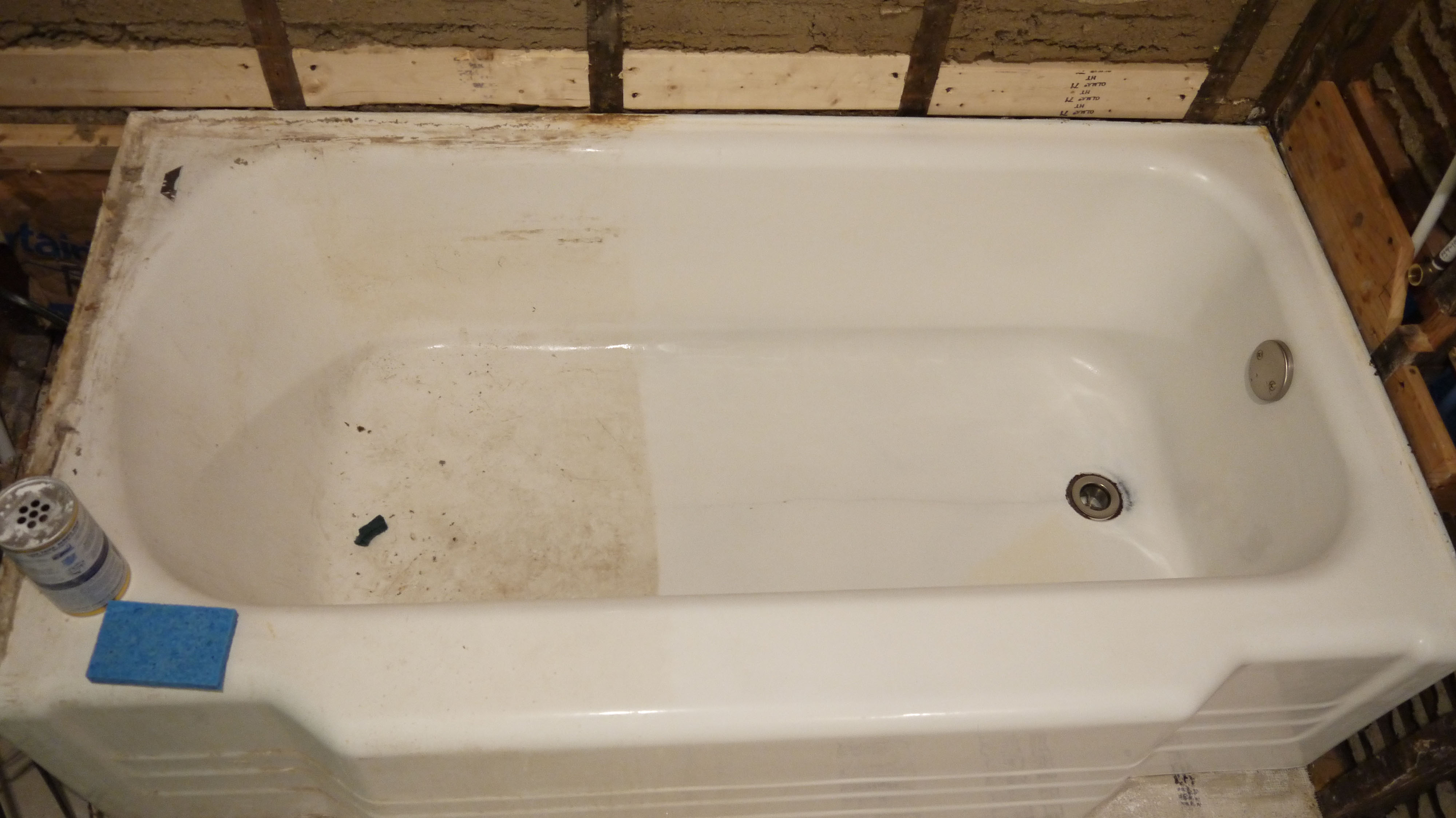 Tired of Bathtub Scratches? Try These 4 Scratch-Resistant Bathtubs ...