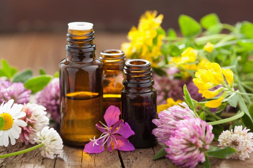 Oils that will Repel Common Spring Pests
