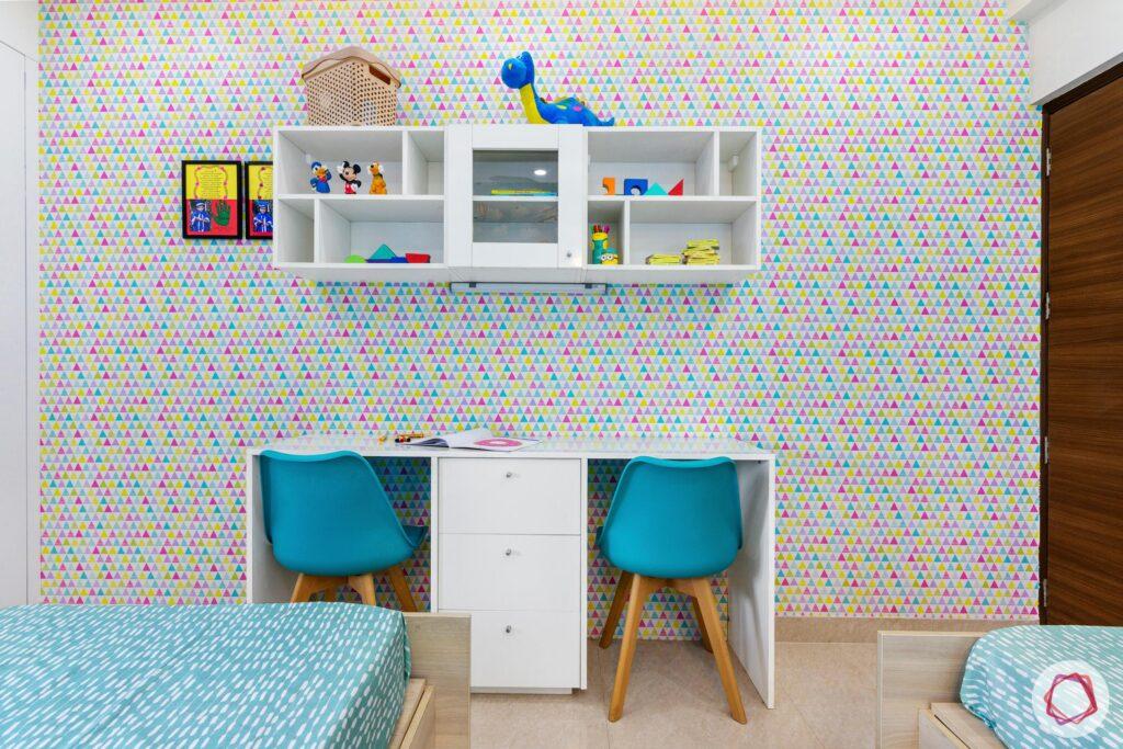 College Student Bedroom Decorating Idea