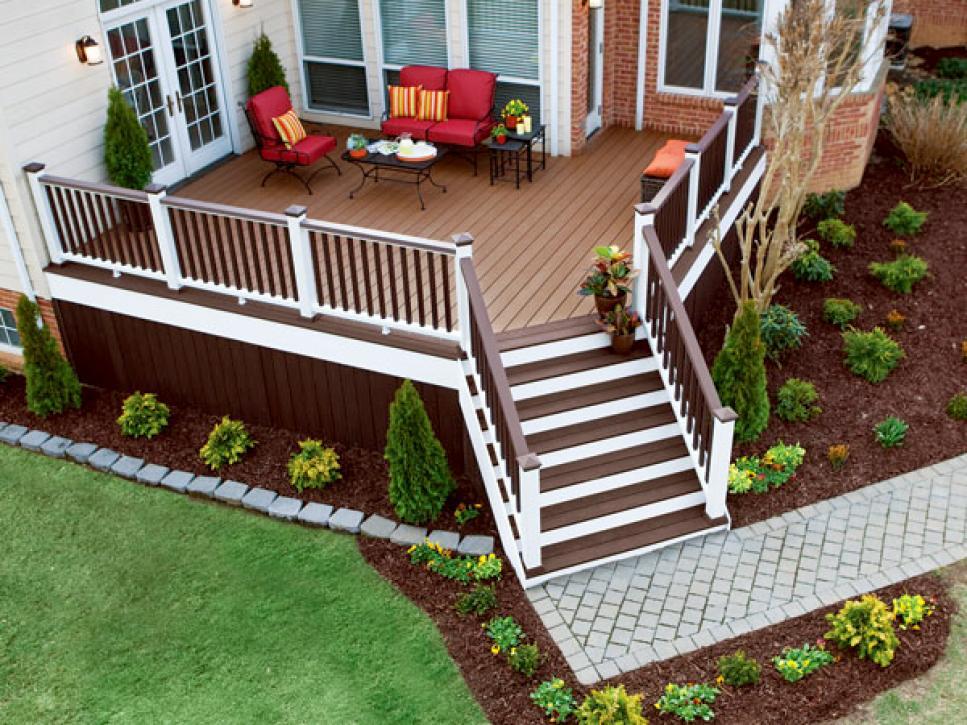 Backyard Deck Ideas On a Budget