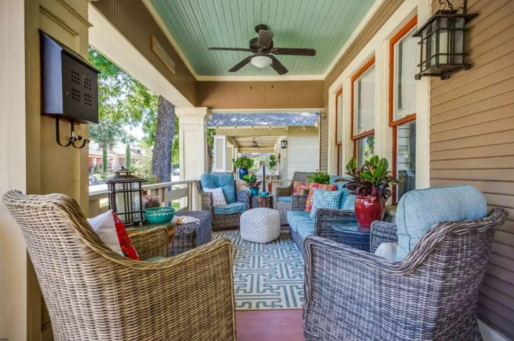 Small Front Porch Ideas On a Budget