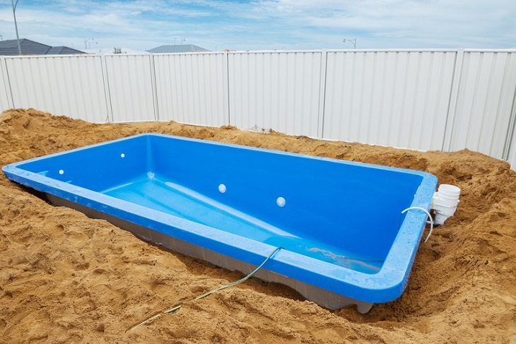 Swimming Pool Renovations Tips With Low Budget